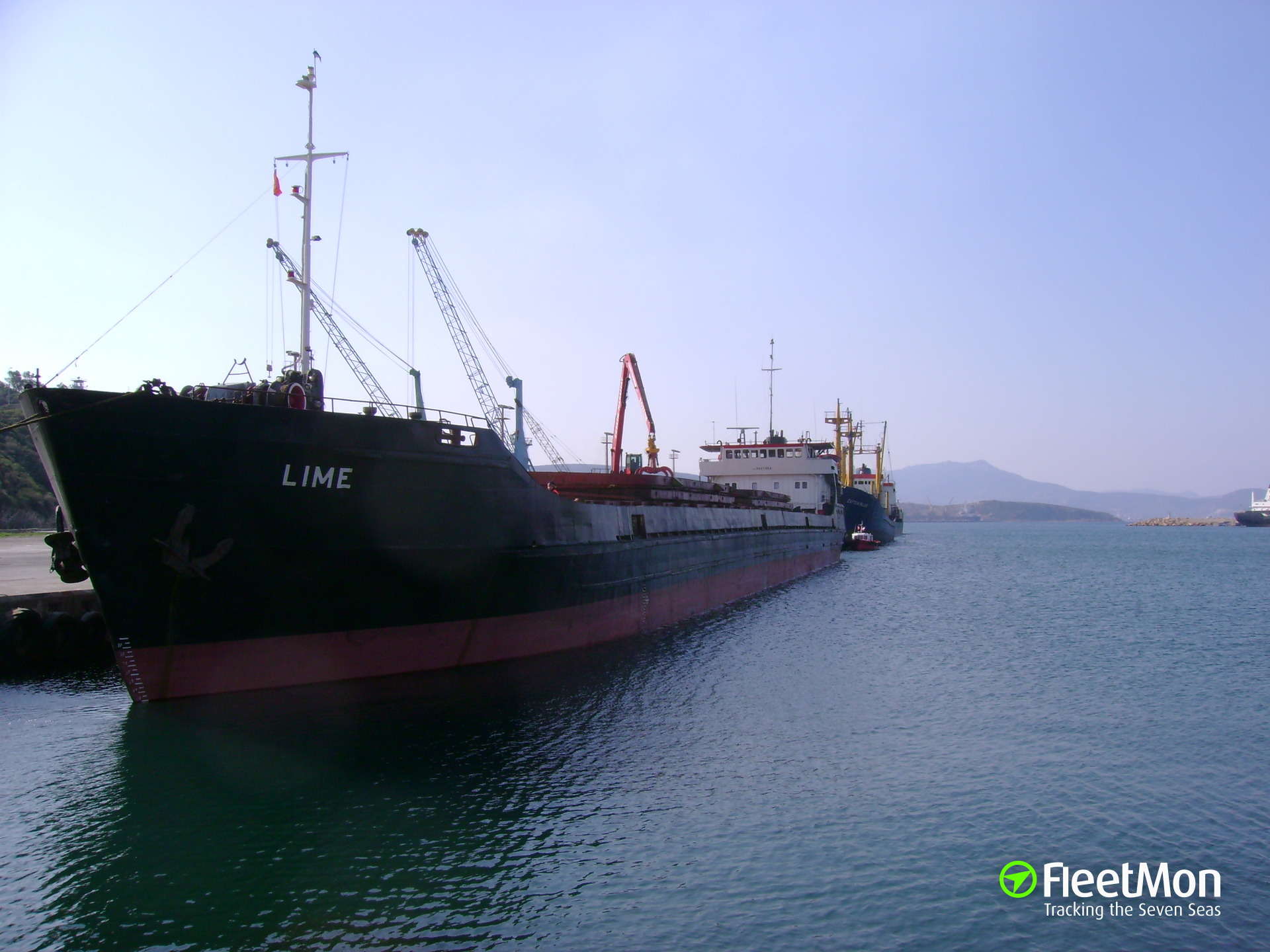 General cargo vessel Lime in double distress