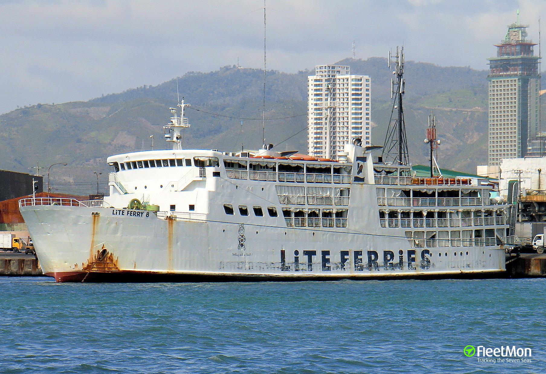 Ferry grounding, Cebu City