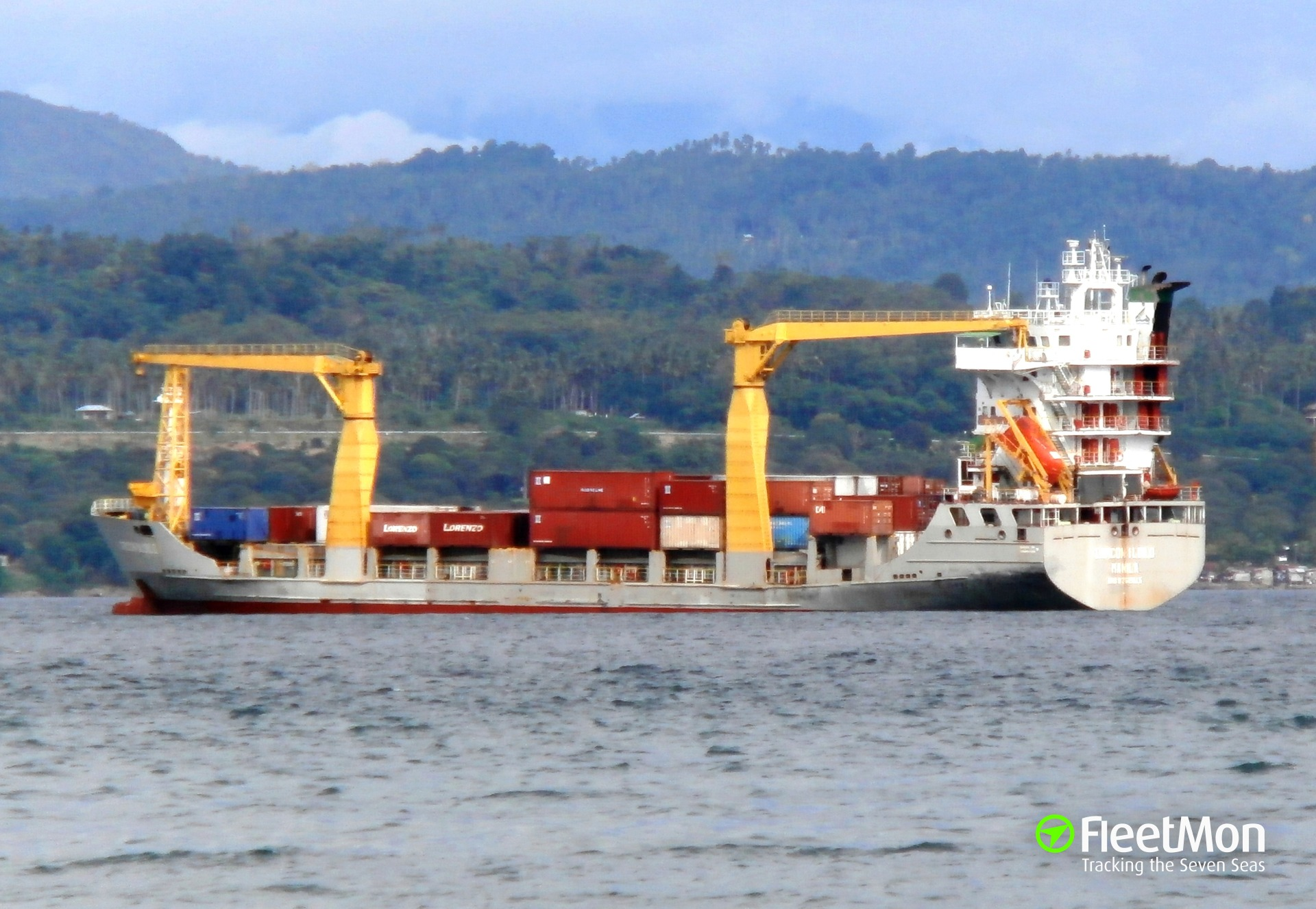 General cargo vessel Rio Para breakdown, Belize