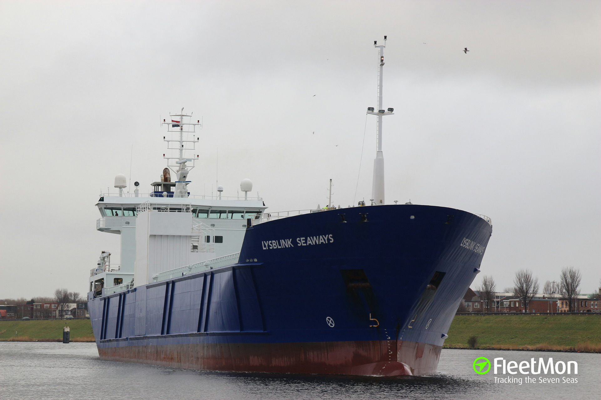 General cargo vessel Lysblink Seaways refloated