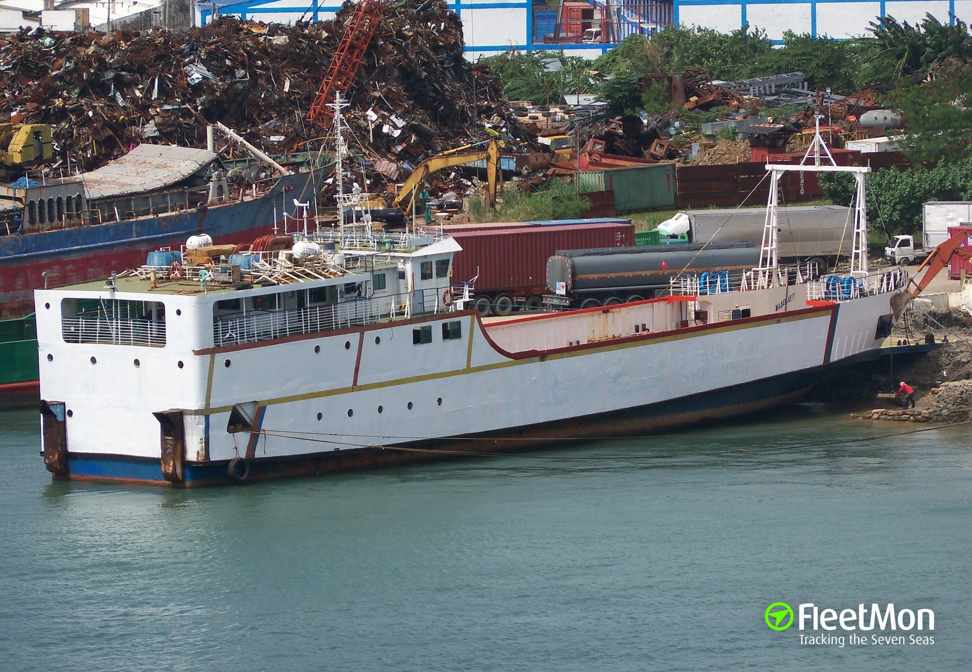 Ferry Angelica Grace sank in port, Philippines