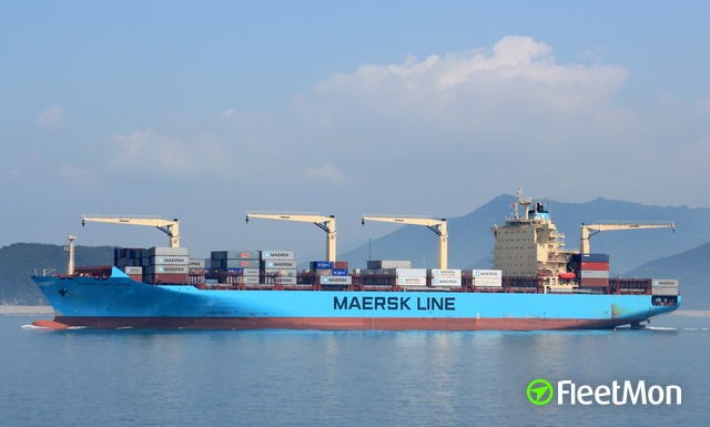 //photos.fleetmon.com/vessels/maersk-cape-town_9525352_2387617_Large.jpg