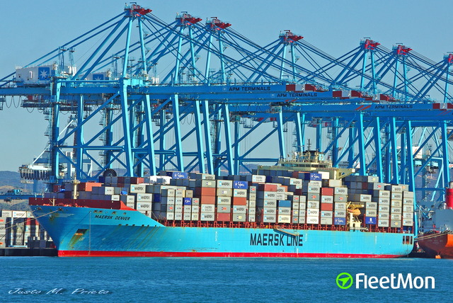 //photos.fleetmon.com/vessels/maersk-denver_9332999_830822_Large.jpg