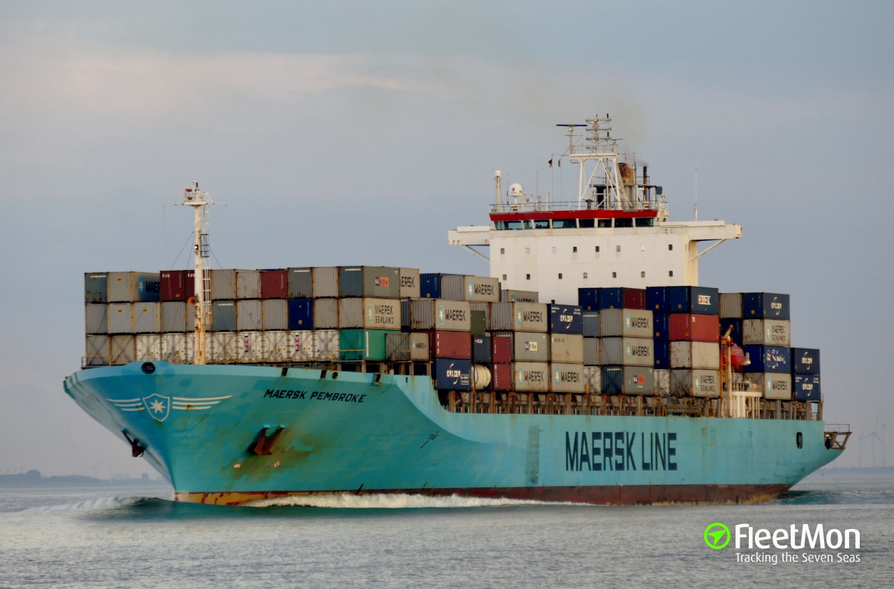 Container ship MAERSK PEMBROKE fire, Celtic sea