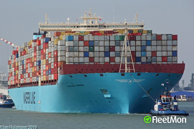 //photos.fleetmon.com/vessels/magleby-maersk_9619957_2457321_Large.jpg