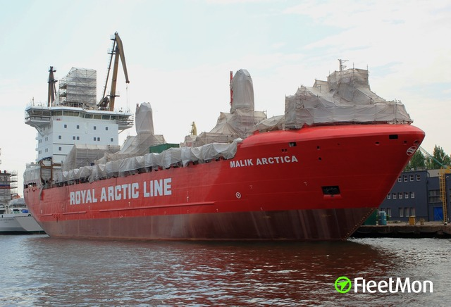 //photos.fleetmon.com/vessels/malik-arctica_9618135_1508851_Large.jpg