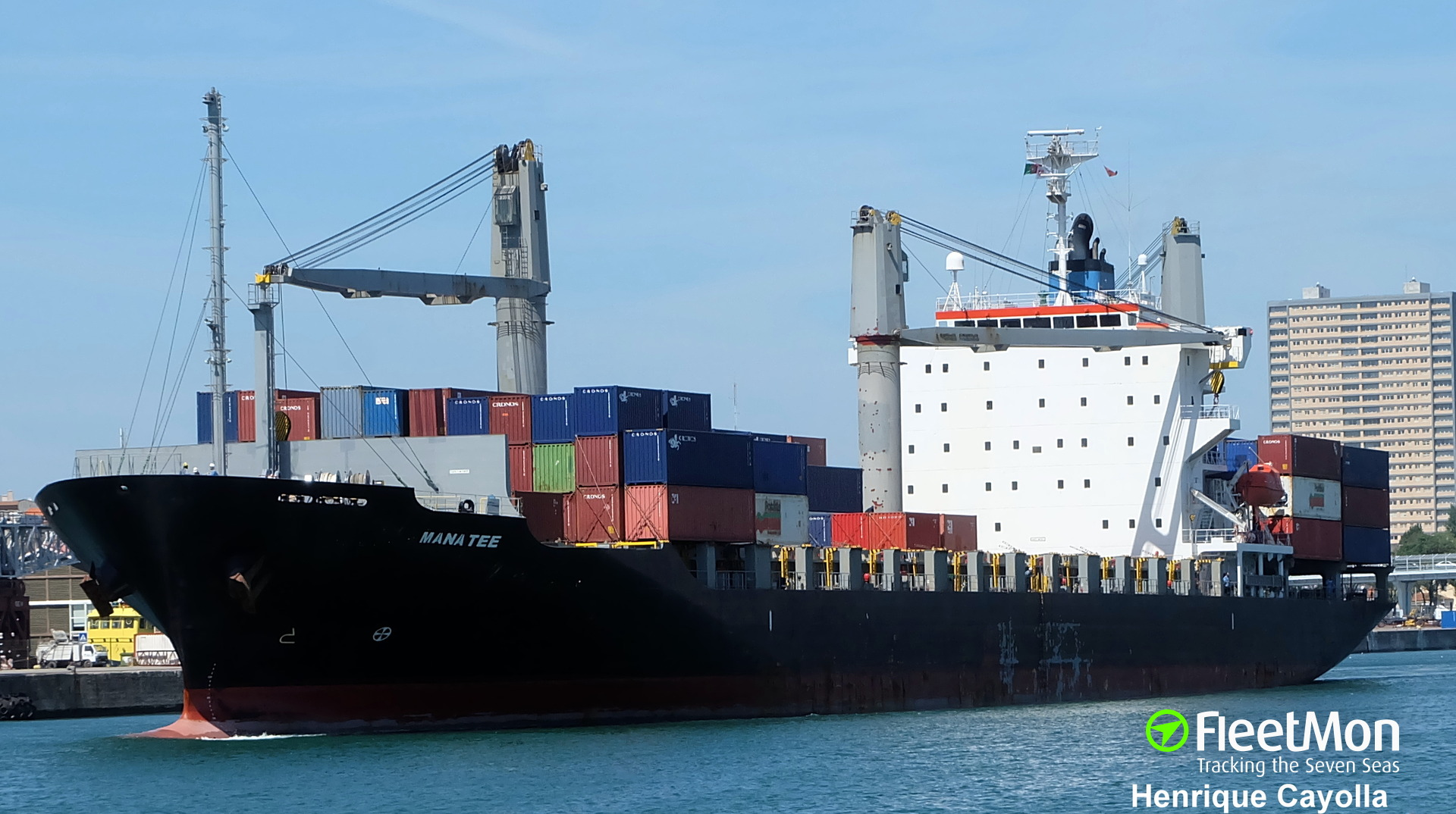 ​Boxship Vento Di Tramontana lost 27 forty-foot containers
