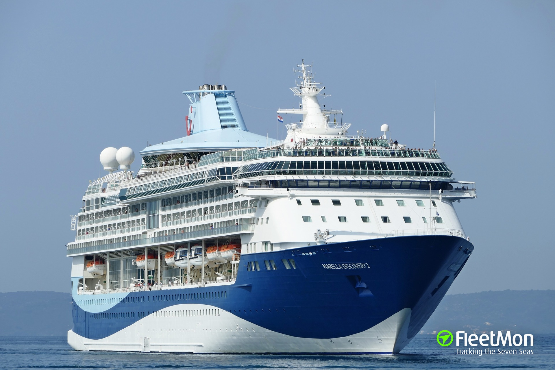 ​  Cruise ship MARELLA DISCOVERY 2 disabled in Venice historic center