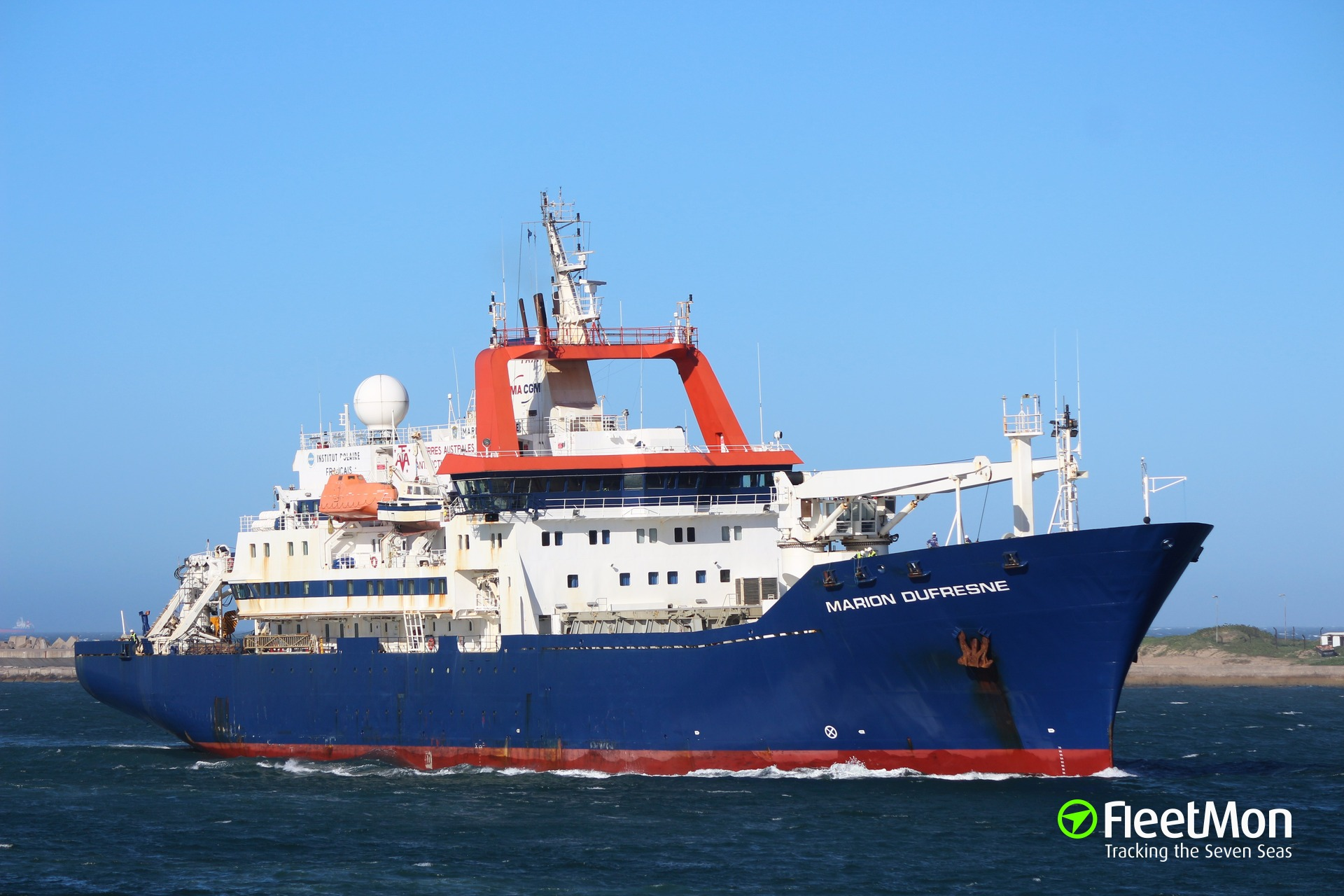 French research vessel Marion Dufrense aground and breached, Indian ocean