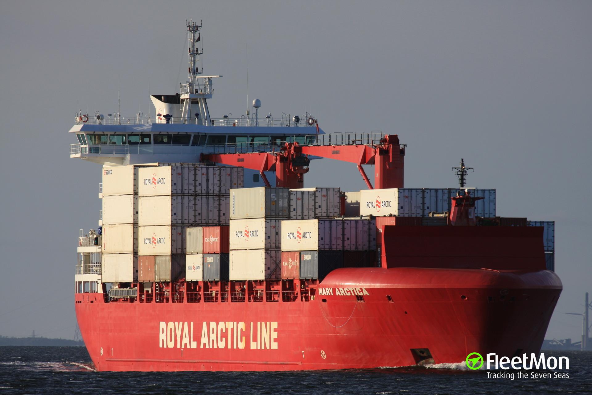 Royal Arctic Line's MARY ARCTICA hit iceberg, damaged
