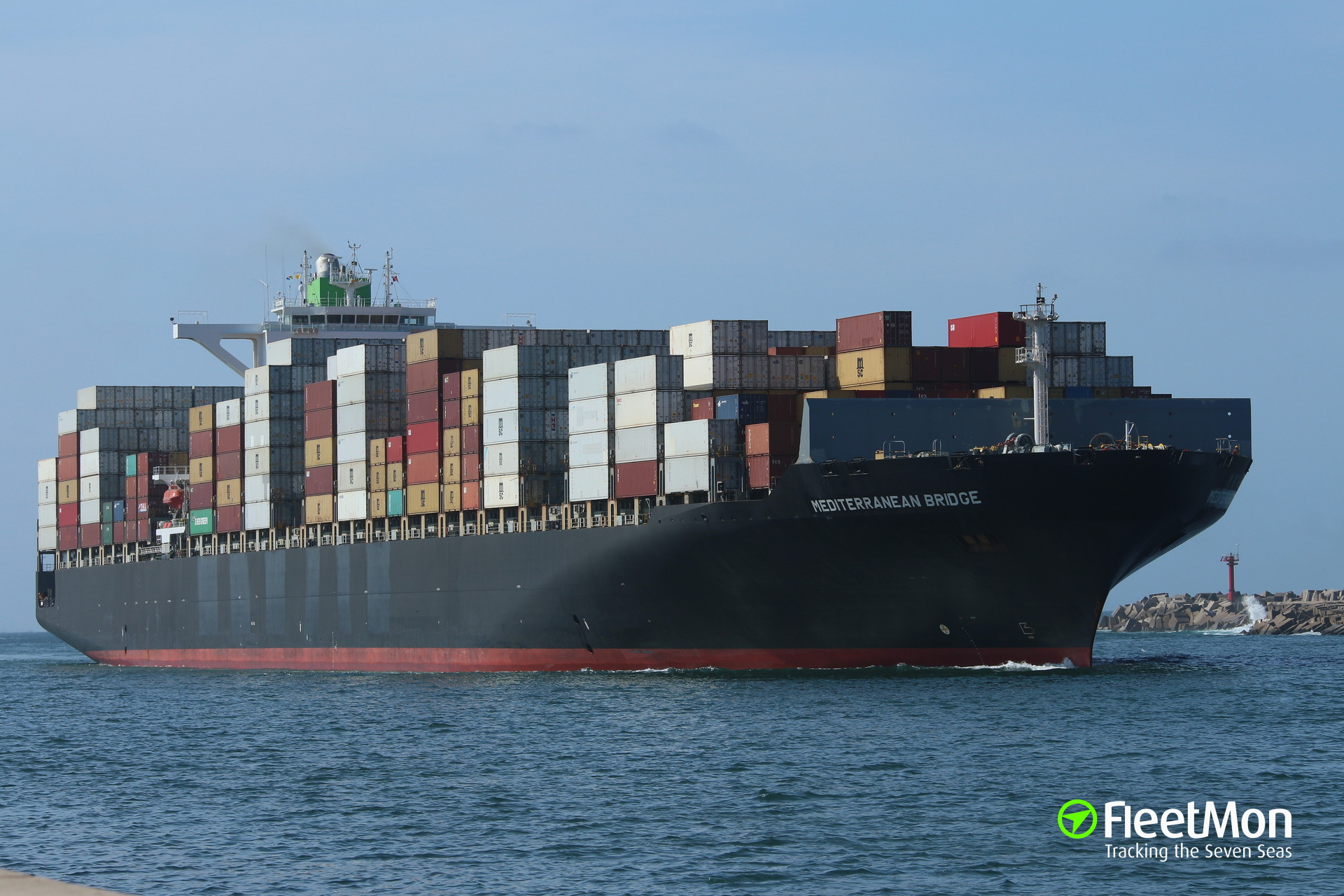 Man overboard from boxship Hanjin New York