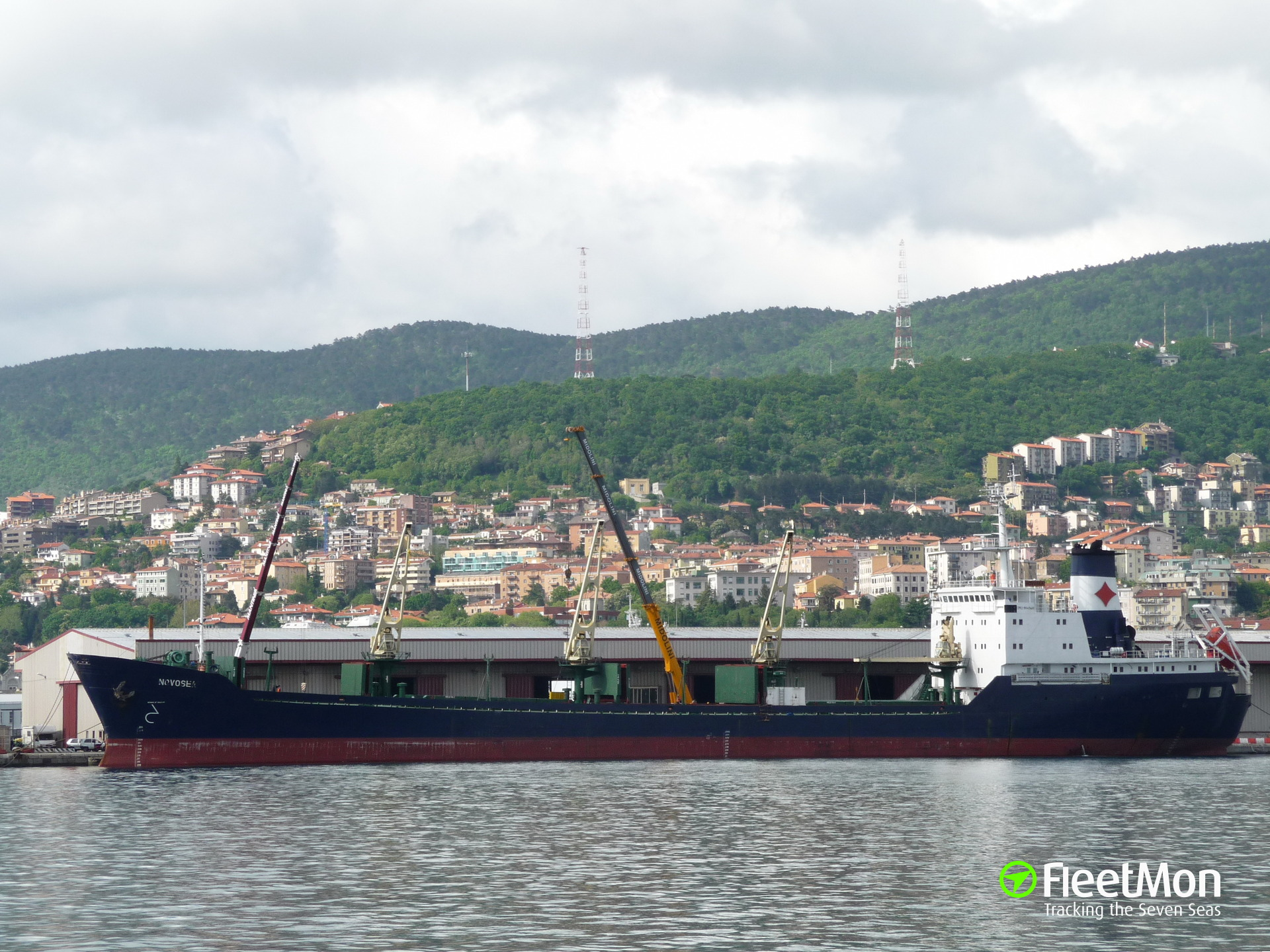 ​Freighter disabled in Bosphorus