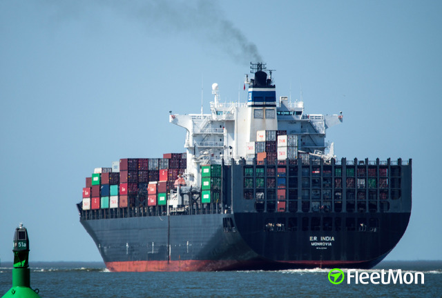 //photos.fleetmon.com/vessels/msc-india_9231248_1138387_Large.jpg