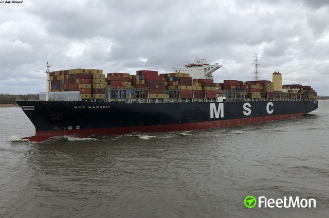//photos.fleetmon.com/vessels/msc-margrit_9465318_2358985_Large.jpg