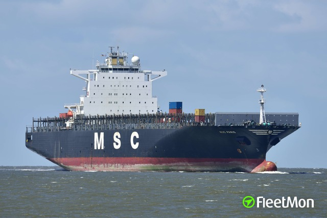 //photos.fleetmon.com/vessels/msc-paris_9301483_1161967_Large.jpg
