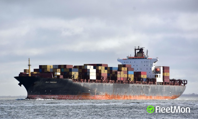 //photos.fleetmon.com/vessels/msc-phoenix_9267649_2748889_Large.jpg