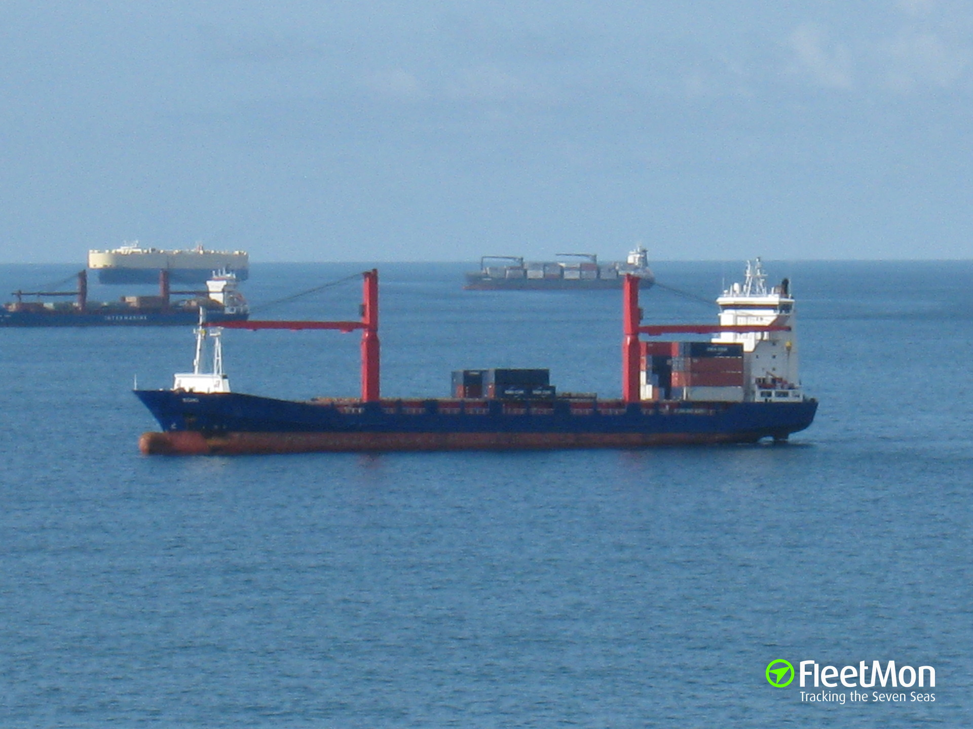 Container ship hard aground: UPDATE