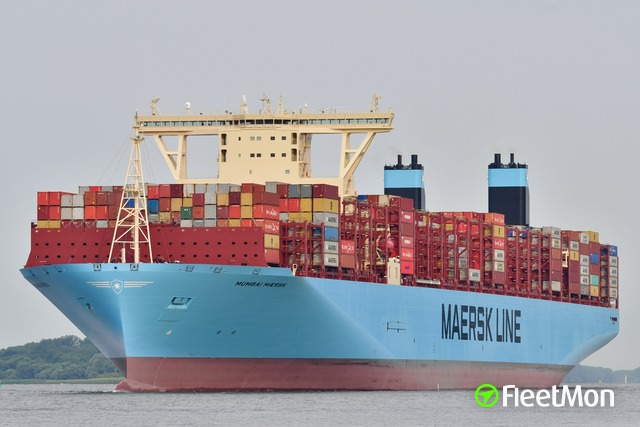 //photos.fleetmon.com/vessels/mumbai-maersk_9780471_2102357_Large.jpg