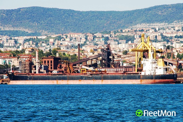 //photos.fleetmon.com/vessels/navios-prosperity-i_9321926_1501203_Large.jpg