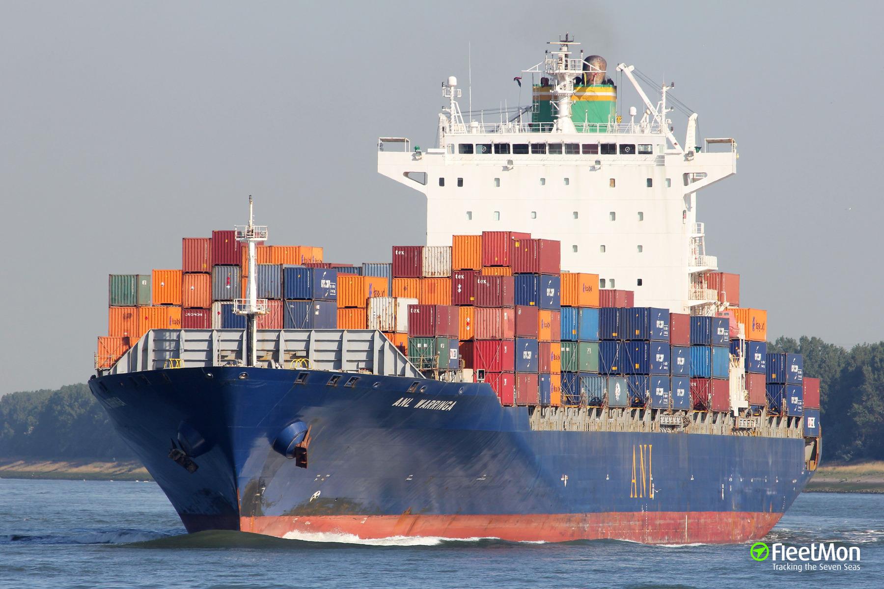 Container ship ANL Warringa engine failure