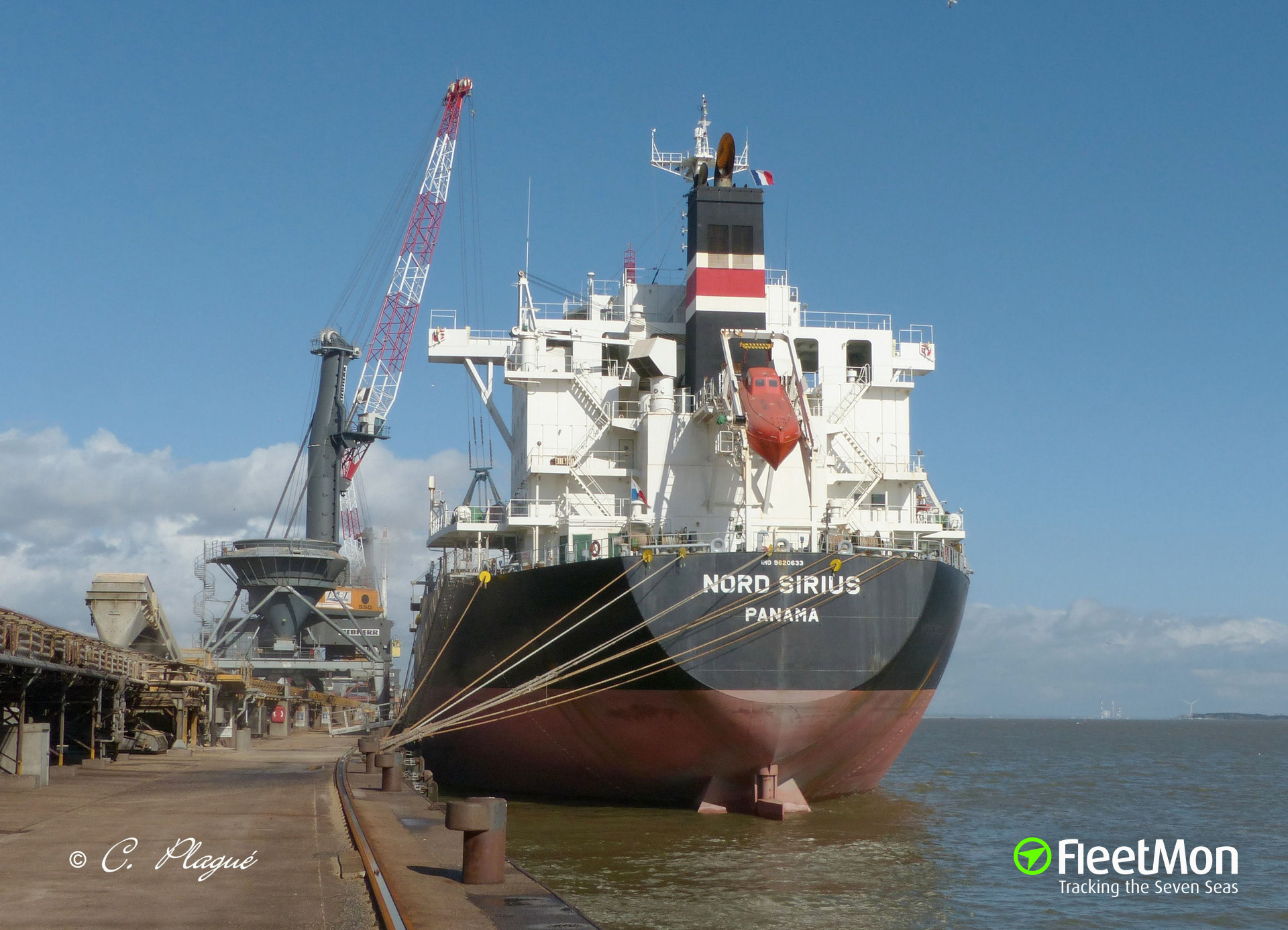 Bulk carrier NORD SIRIUS stranded off Morocco with banned Russian coal lot