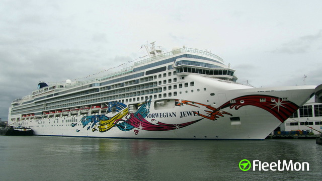 //photos.fleetmon.com/vessels/norwegian-jewel_9304045_1374399_Large.jpg