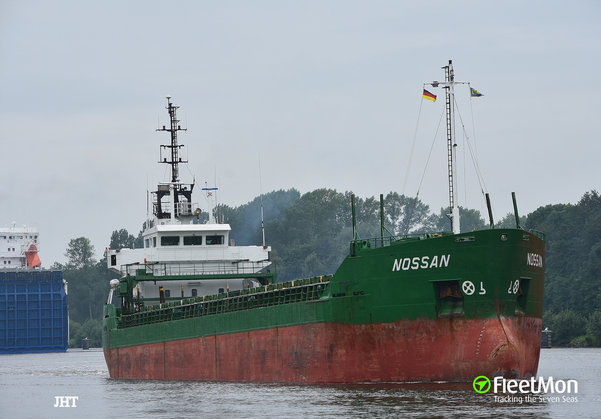 Freighter Nossan aground, holed and sank