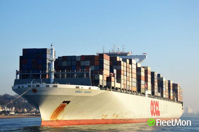 //photos.fleetmon.com/vessels/oocl-egypt_9622631_2557693_Large.jpg
