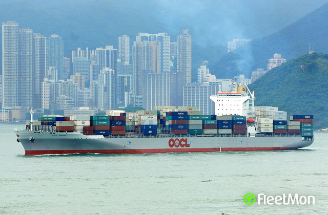 //photos.fleetmon.com/vessels/oocl-panama_9355769_379849_Large.jpg