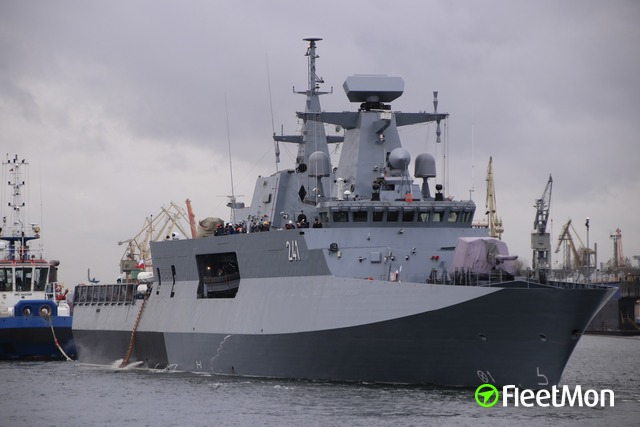 //photos.fleetmon.com/vessels/orp-slazak_621_2262725_Large.jpg