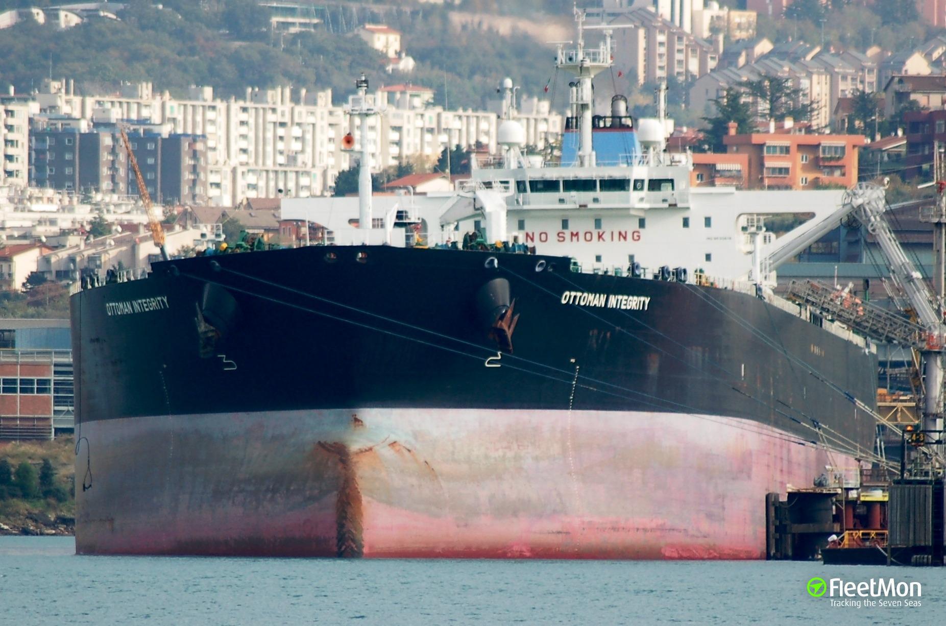 Oil spill from suezmax Ottoman Integrity, Thessaloniki