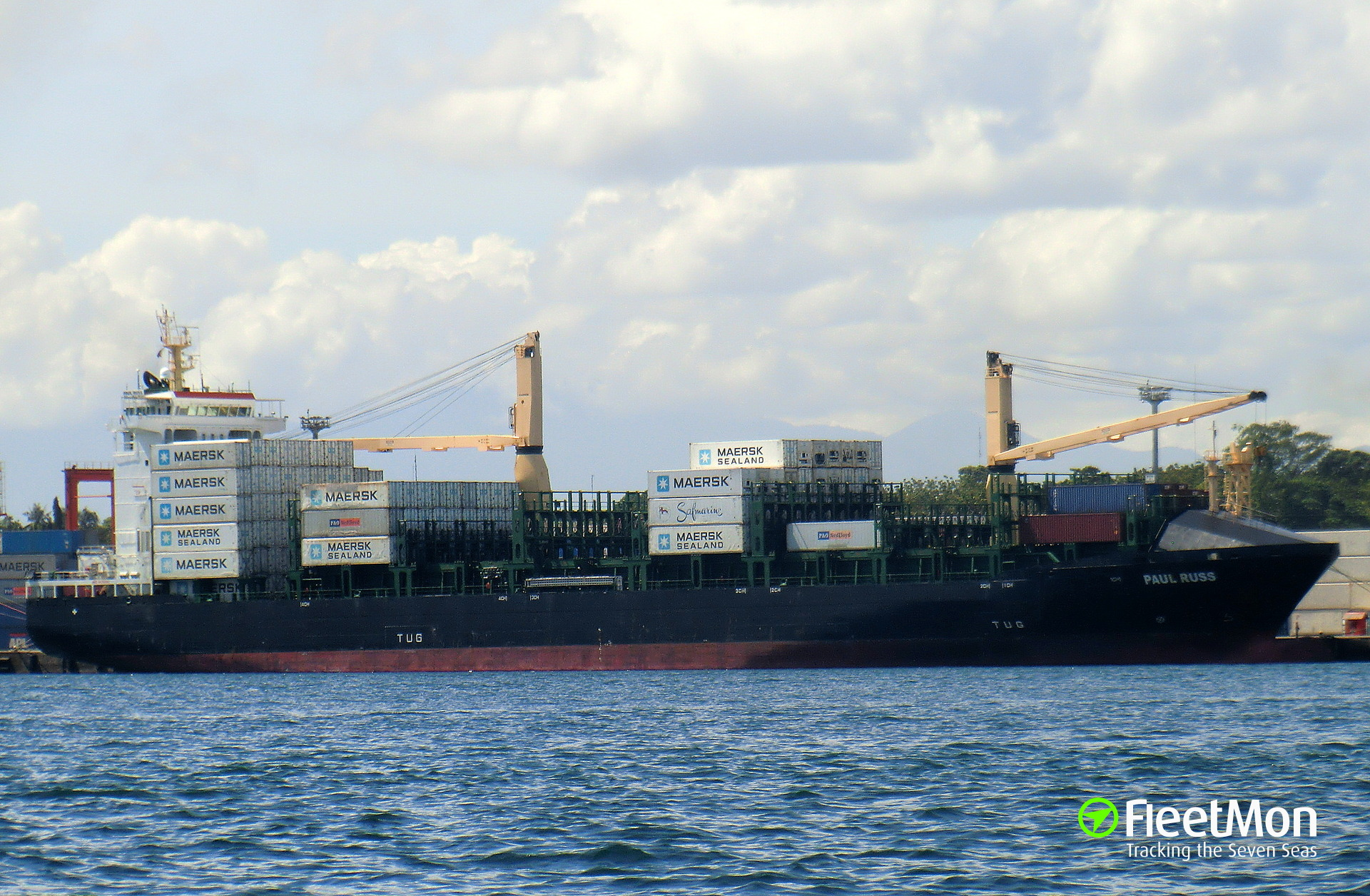 ​Container ship Paul Russ aground, Saipan