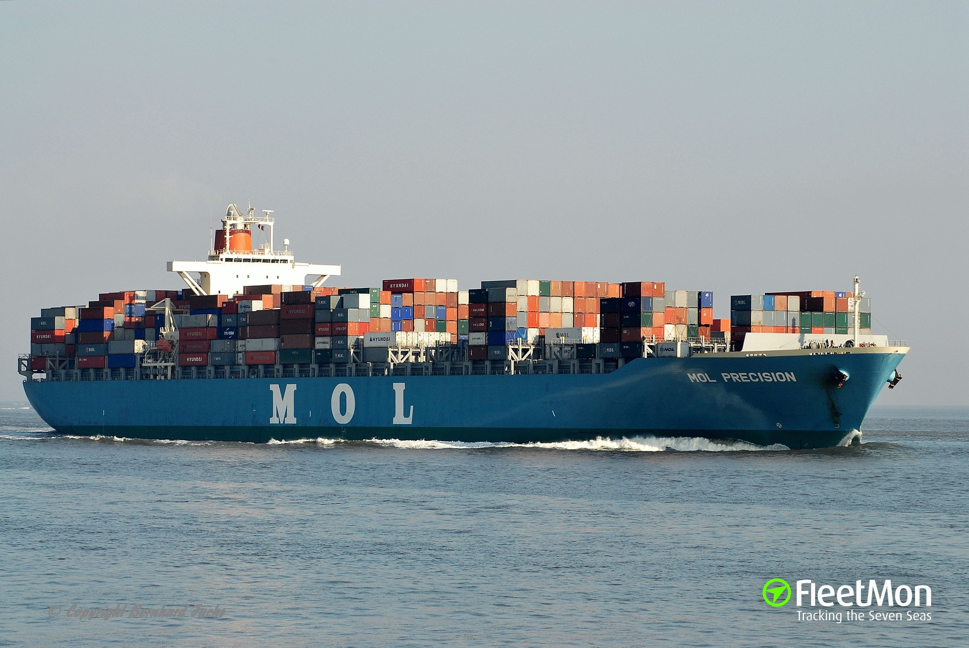 Container ship MOL Precision struck the berth in Vancouver