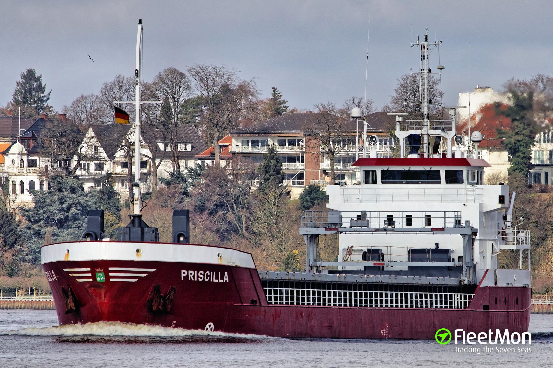 Dutch freighter aground at Pentland Skerries, Scotland