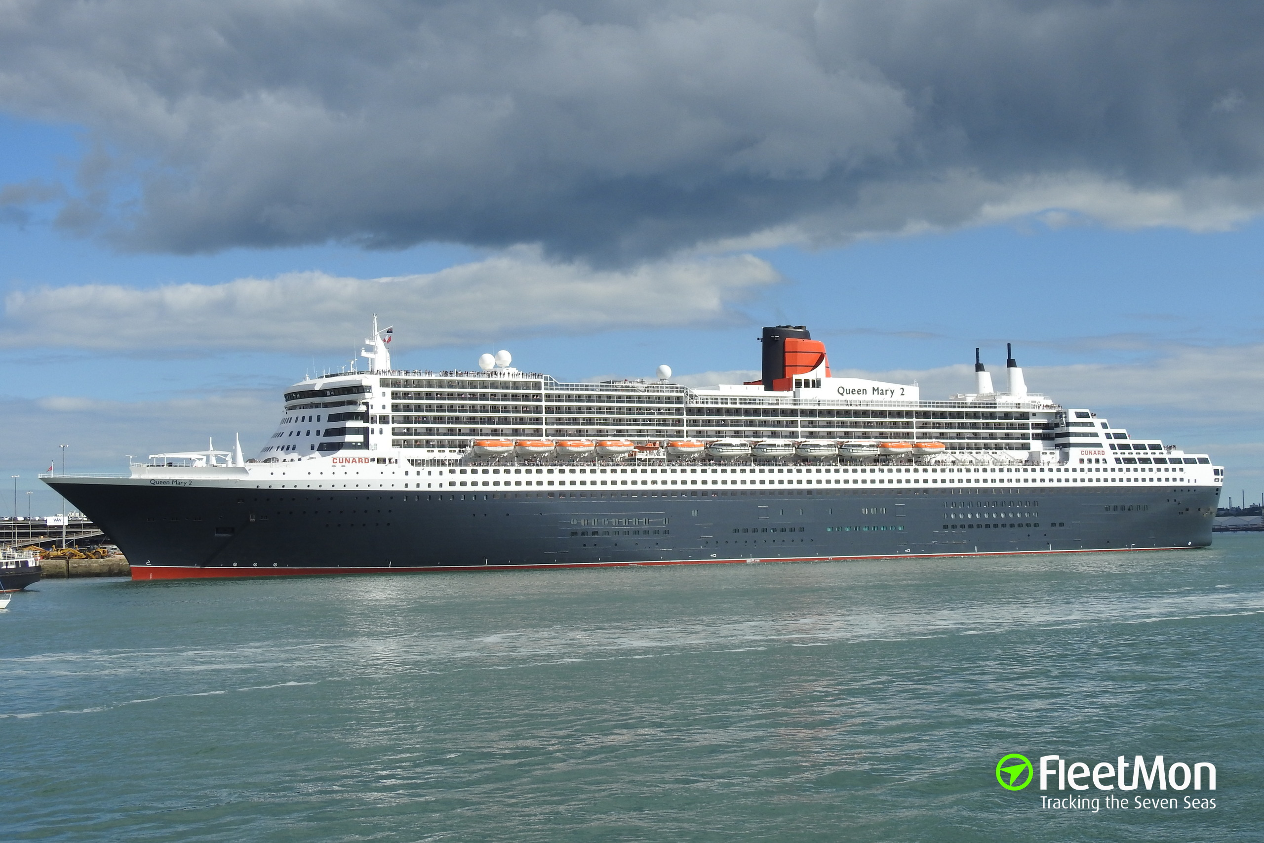 Queen mary 2 photo by fleetmon shipspotter joern