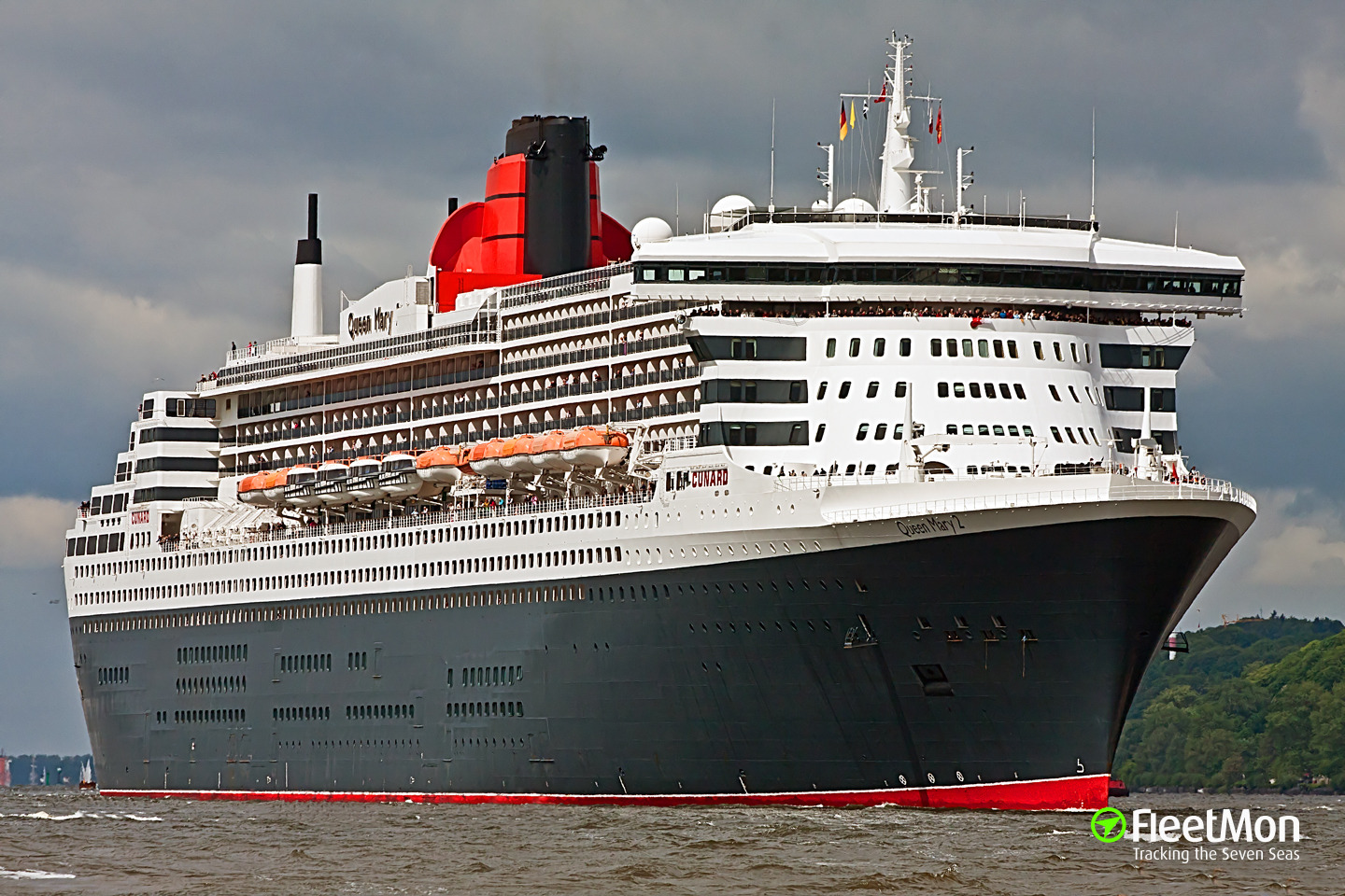 Queen mary 2 passenger ship imo 9241061 for Queen mary 2 interieur