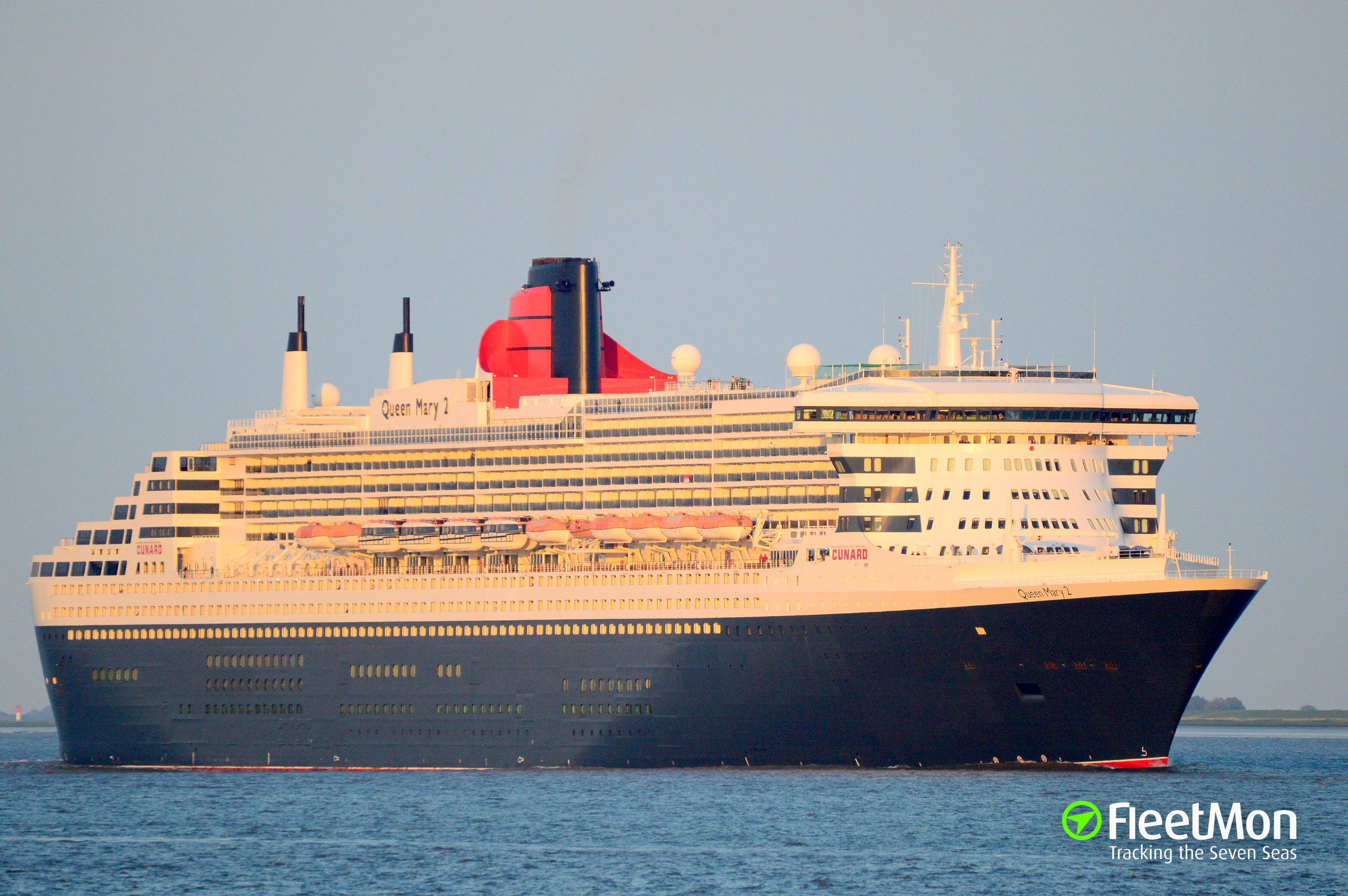 Cunard cruise ship new york stock photos amp; cunard cruise ship new york