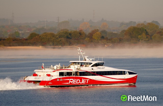 //photos.fleetmon.com/vessels/red-jet-7_9838321_2602677_Large.jpg