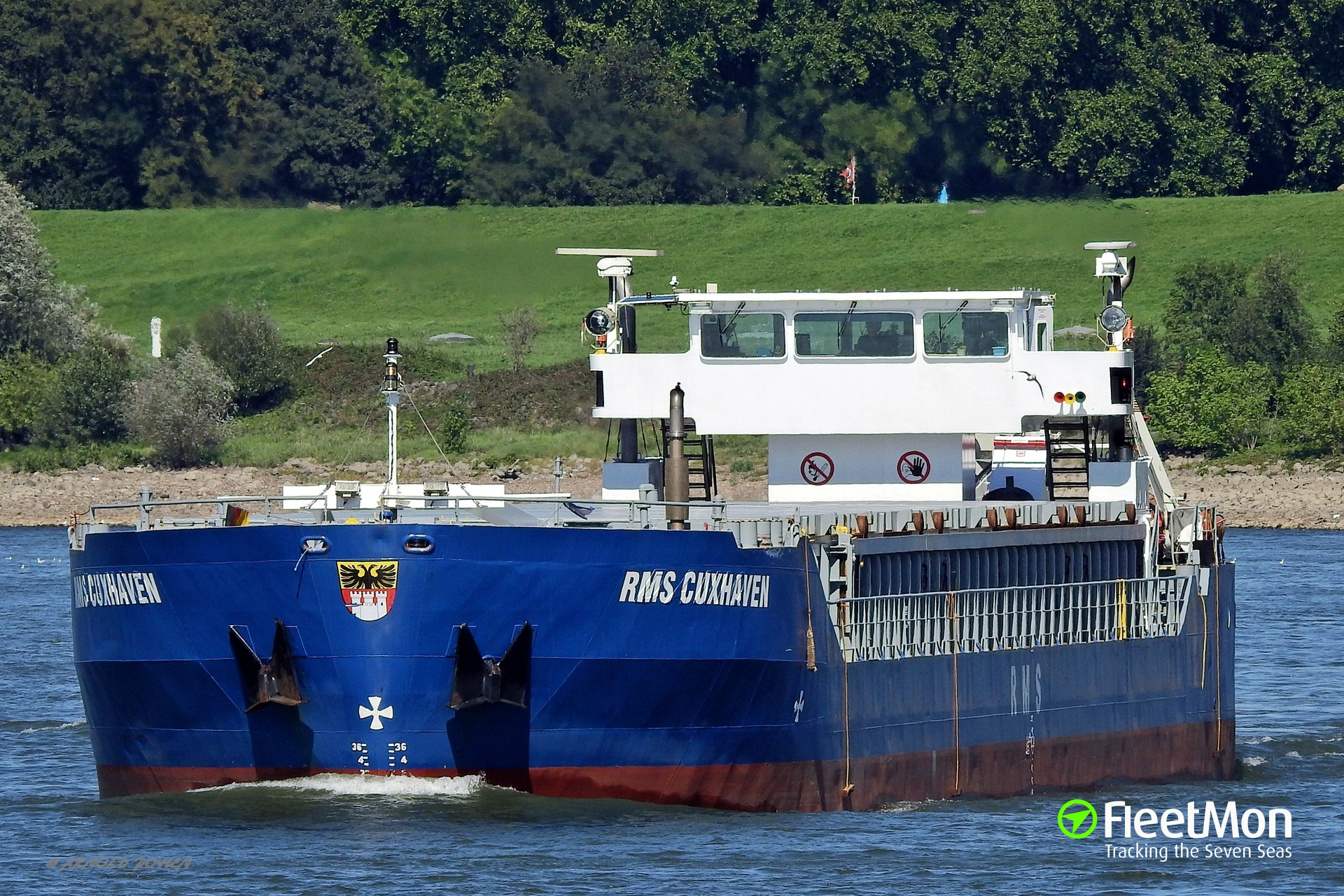 General cargo vessel Danio ran aground on the Farne Island, UK
