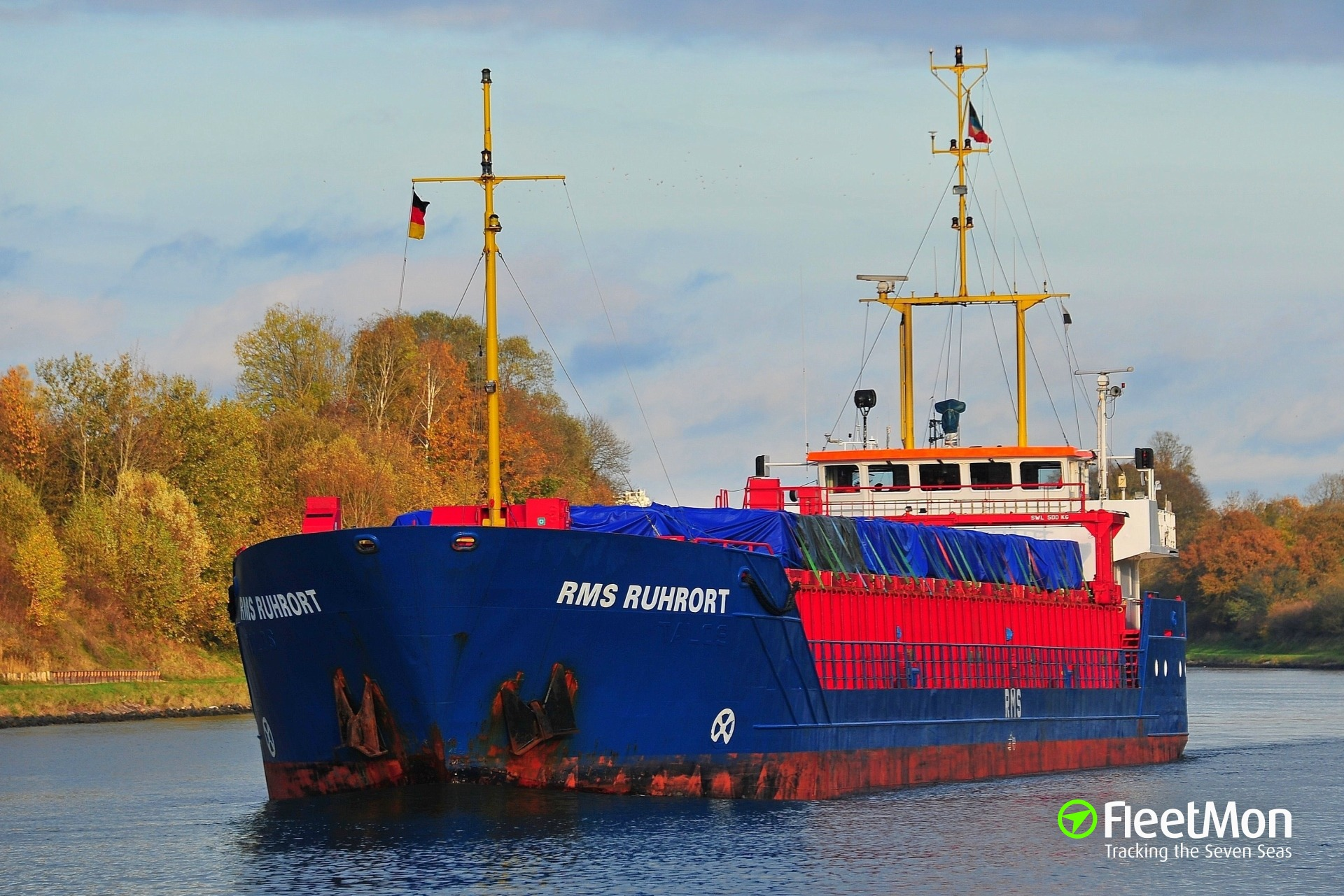 General cargo vessel ran onto embankment in Kiel Canal