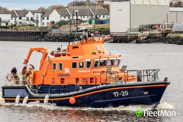 //photos.fleetmon.com/vessels/rnlb-spirit-of-northumberland_0_2324057_Large.jpg