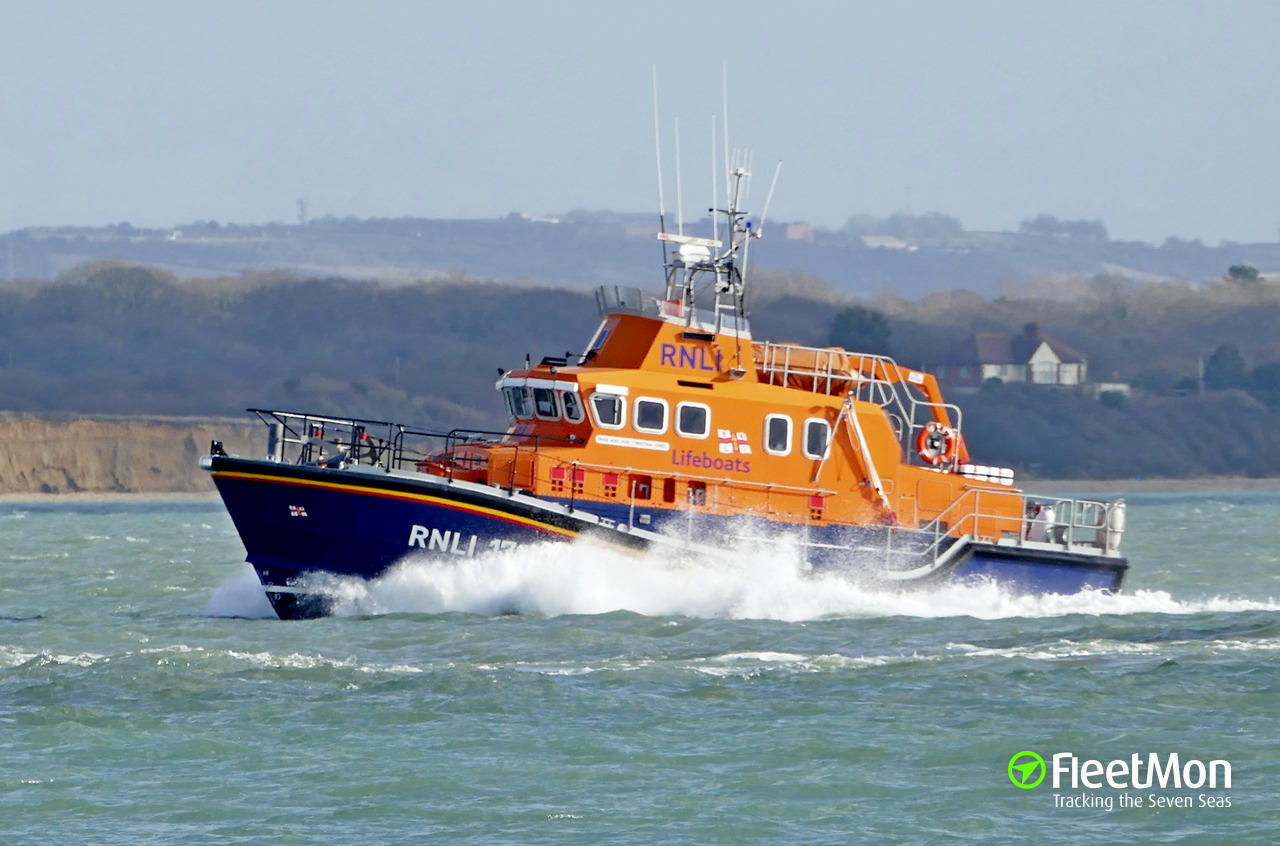 RNLI 17-28 ALEC AND CHRISTINA DYKES