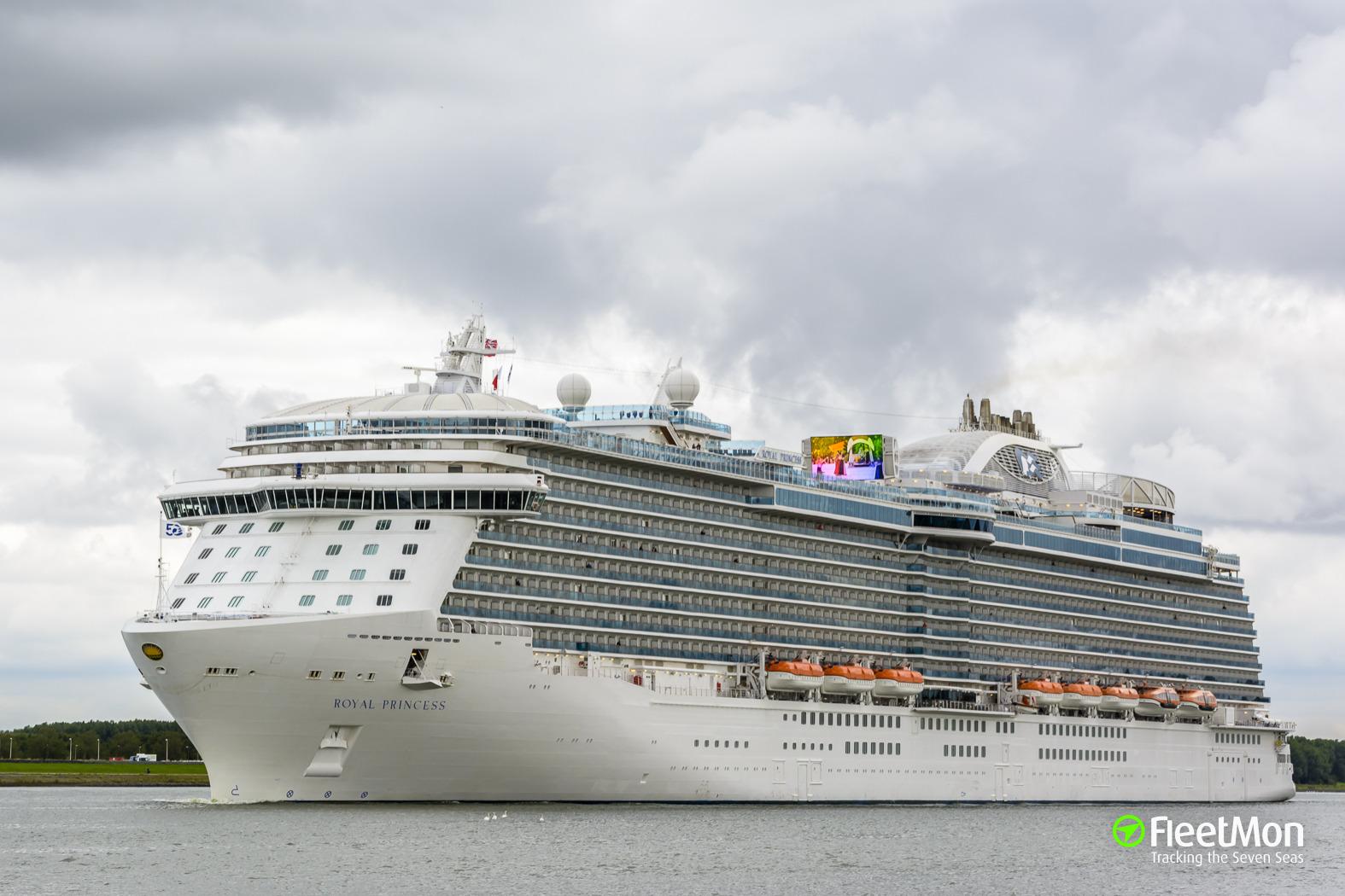 Cruise liner Royal Princess disabled after blackout in Med