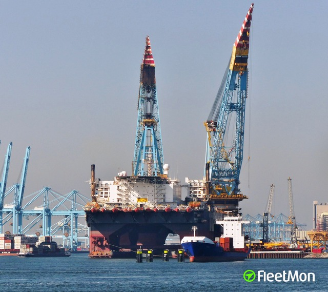 //photos.fleetmon.com/vessels/saipem-7000_8501567_861178_Large.jpg