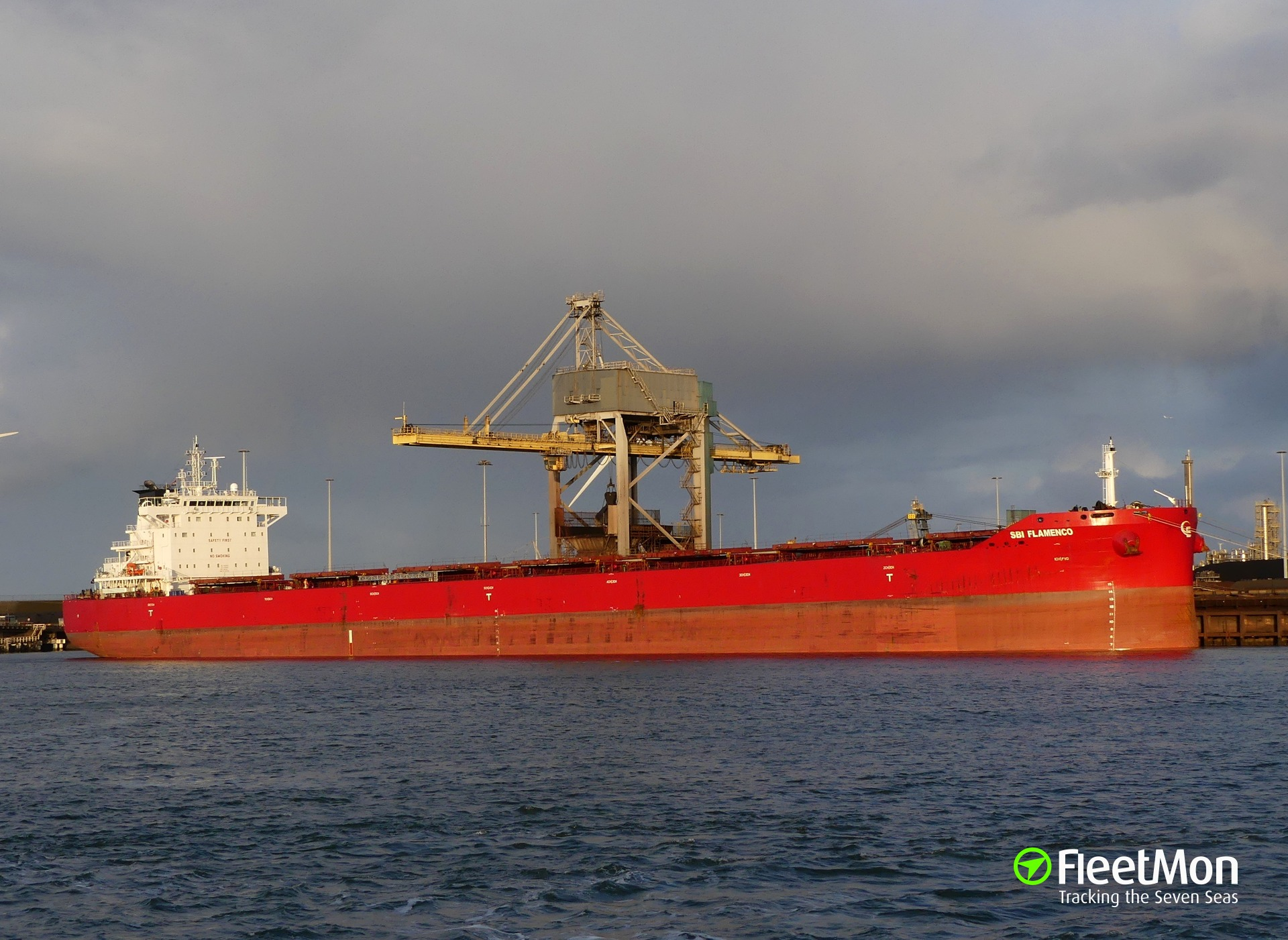 Bulk carrier SBI FLAMENCO towed to Le Havre after engine failure