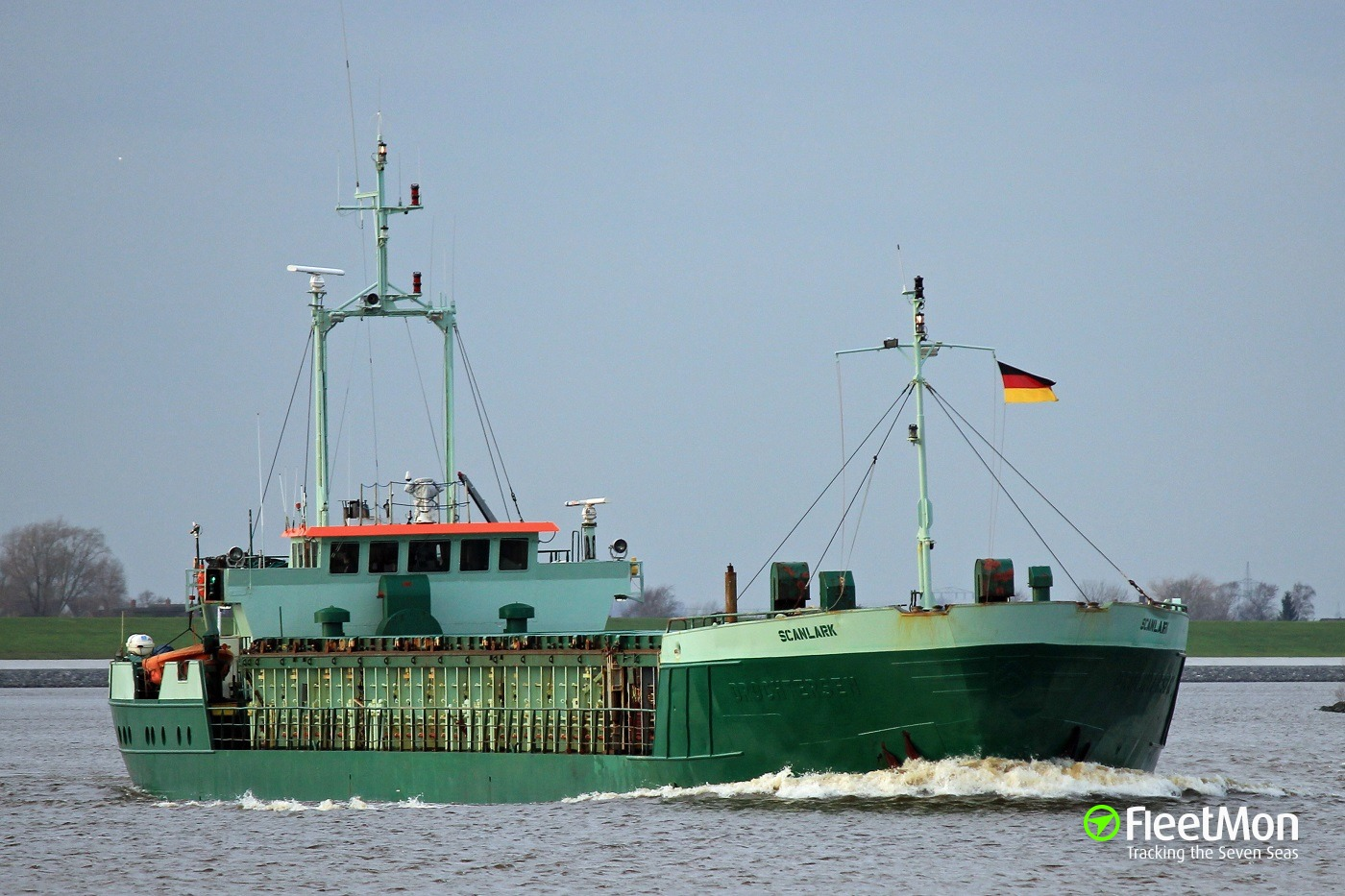 General cargo vessel Scanlark towed back to Kiel