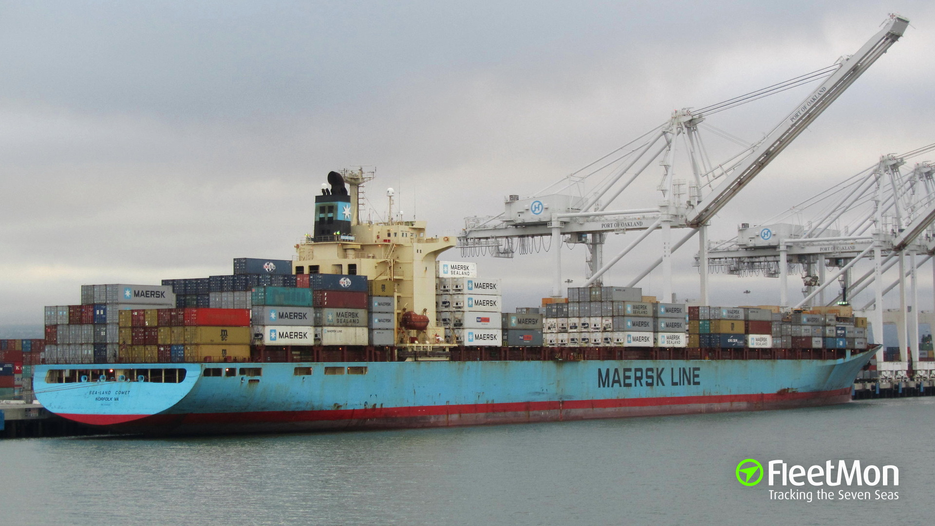   Container ship Sealand Comet troubled in typhoon