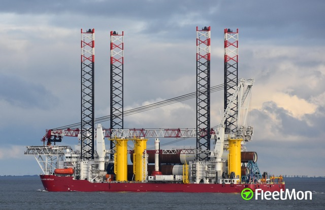 //photos.fleetmon.com/vessels/seajacks-scylla_9698939_2287057_Large.jpg
