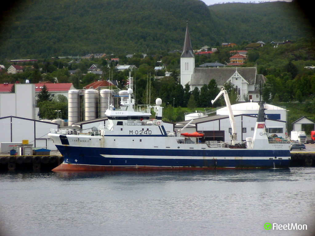 Trawler SEVRYBA-1 towed to safety