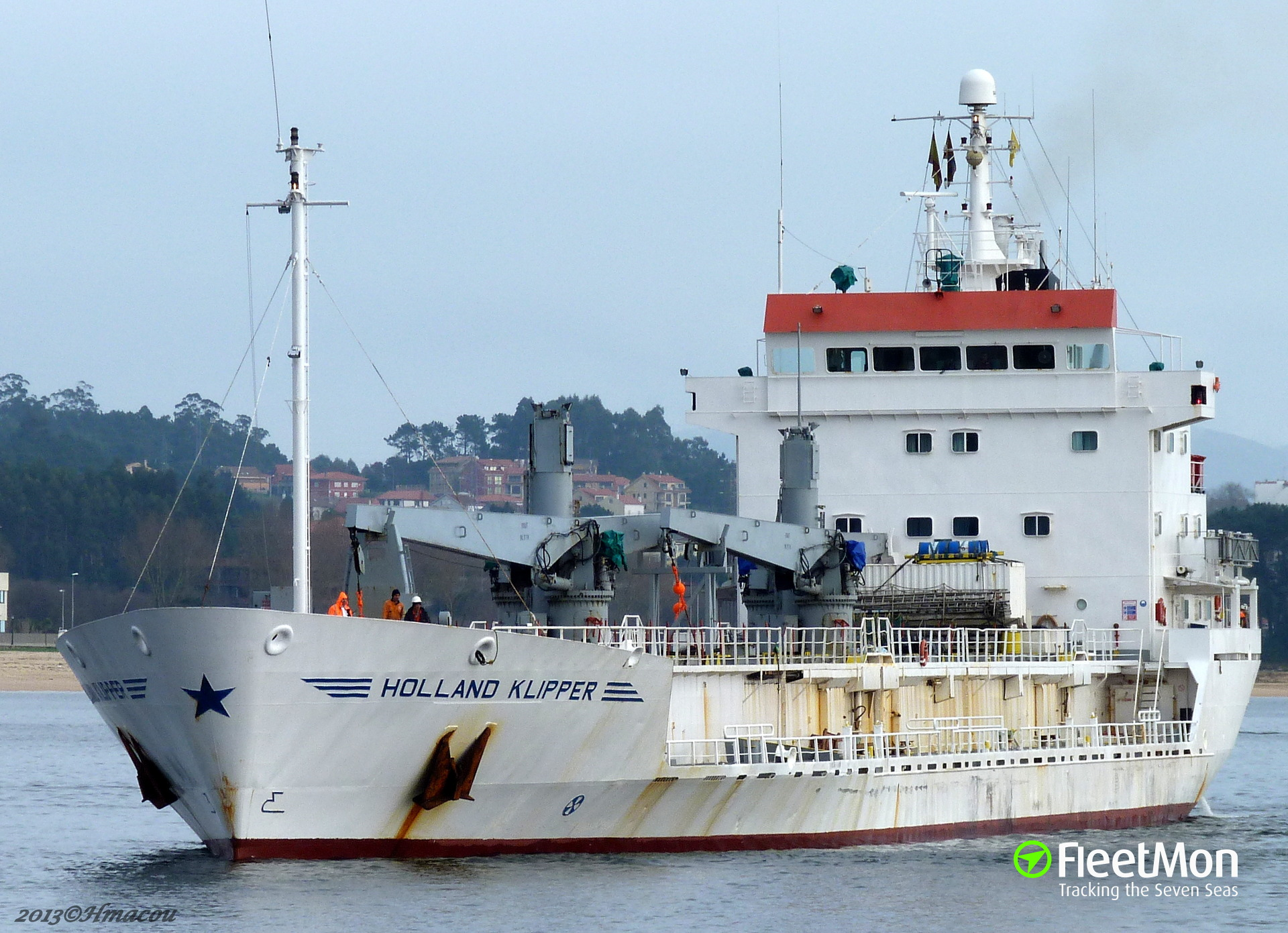 Dutch reefer Holland Klipper caught in illegal fishing scandal
